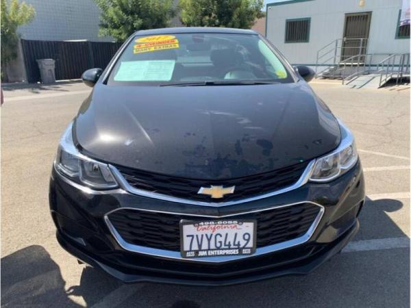 2017 Chevrolet Cruze in Fresno, CA