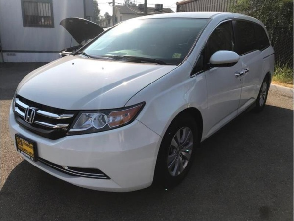 2015 Honda Odyssey in Fresno, CA