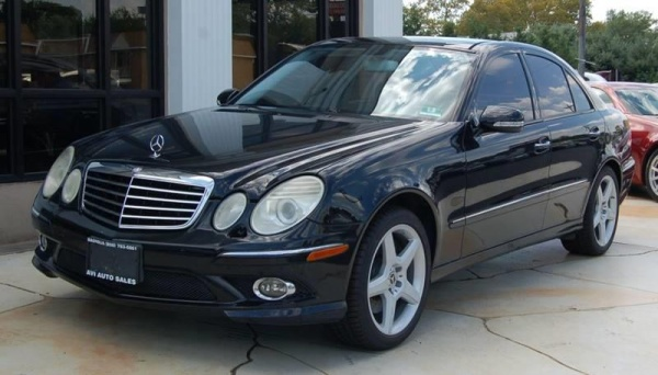 2009 Mercedes-Benz E-Class in Magnolia, NJ
