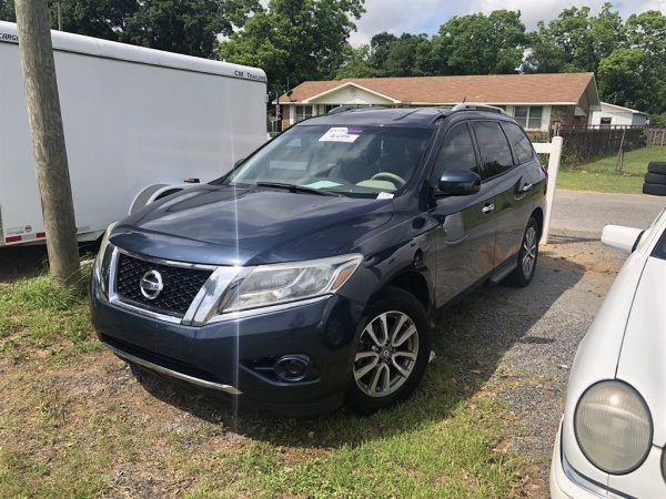 2013 Nissan Pathfinder in Pensacola, FL