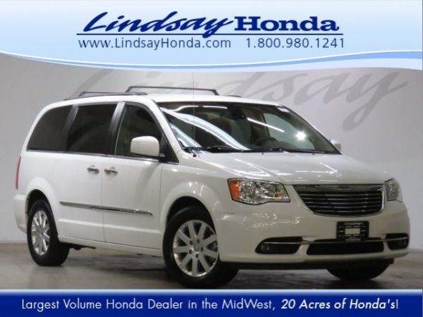 2015 Chrysler Town & Country in Columbus, OH