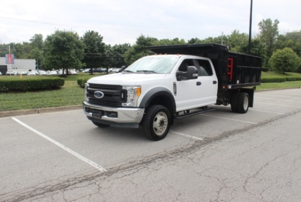 2017 Ford Super Duty F-550 XL