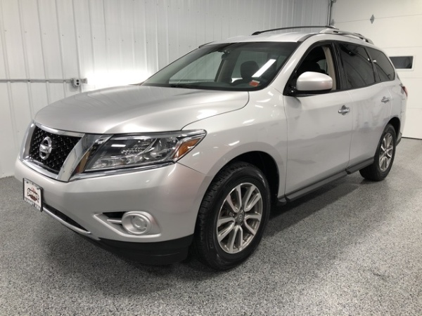 2013 Nissan Pathfinder in Rochester, NY
