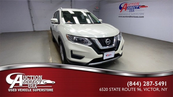 2017 Nissan Rogue in Victor, NY