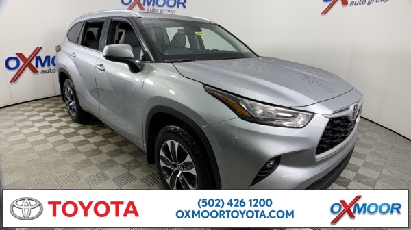 2020 Toyota Highlander in Louisville, KY