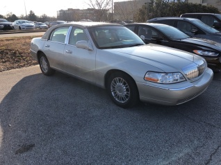 2006 Lincoln Town Car Designer Series For In Louisville Ky