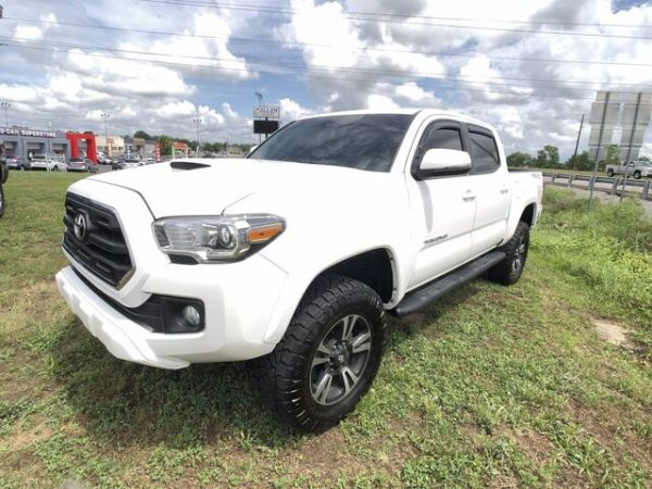 2016 Toyota Tacoma in Danville, KY