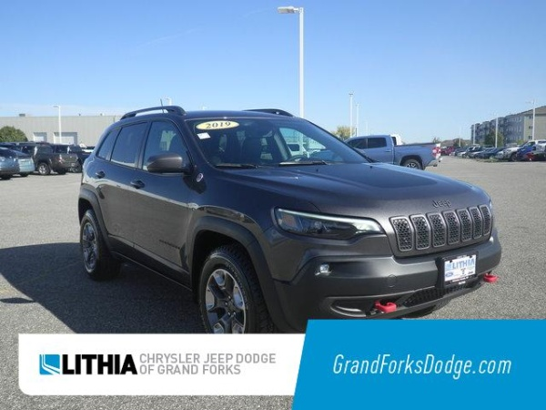 2019 Jeep Cherokee in Grand Forks, ND