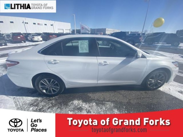 2017 Toyota Camry in Grand Forks, ND
