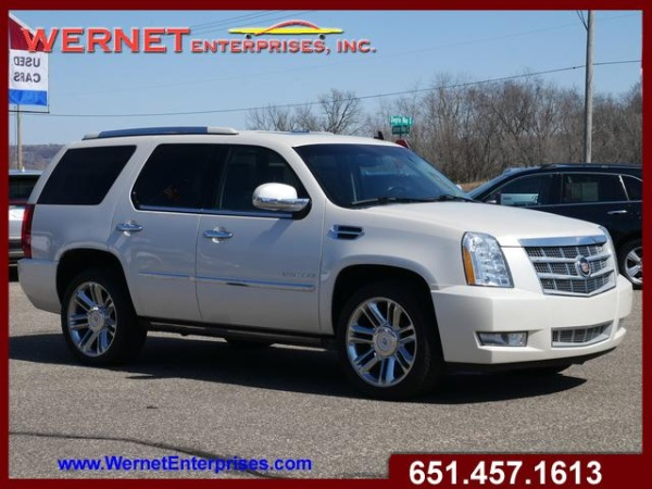 2013 Cadillac Escalade in Inver Grove Heights, MN
