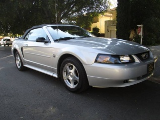 2004 Ford Mustang 2dr Conv Deluxe For In Van Nuys Ca