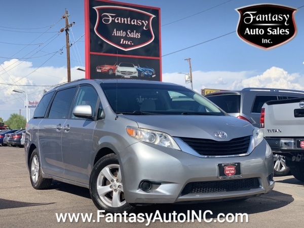 2013 Toyota Sienna Unknown