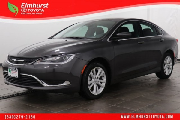 2017 Chrysler 200 in Elmhurst, IL