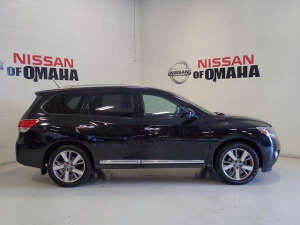 2016 Nissan Pathfinder in Omaha, NE