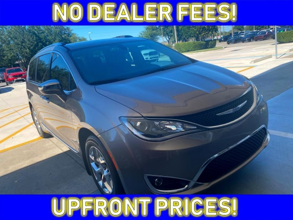 2017 Chrysler Pacifica in Avon Park, FL