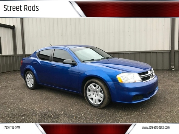 2012 Dodge Avenger in Junction City, KS