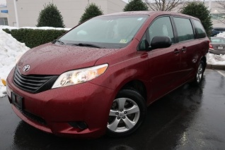 42bb4d3cee0140 2014 Toyota Sienna L 7-Passenger FWD for Sale in Chester