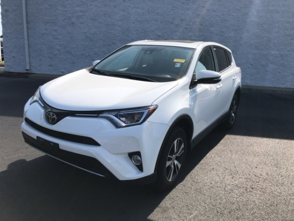 2018 Toyota RAV4 in Chester, VA