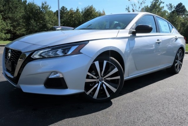 2020 Nissan Altima in Colonial Heights, VA