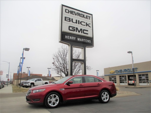 2015 Ford Taurus in Leavenworth, KS