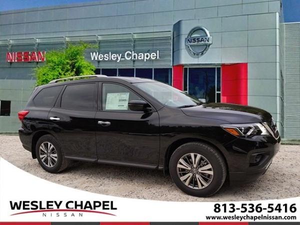 2020 Nissan Pathfinder in Wesley Chapel, FL