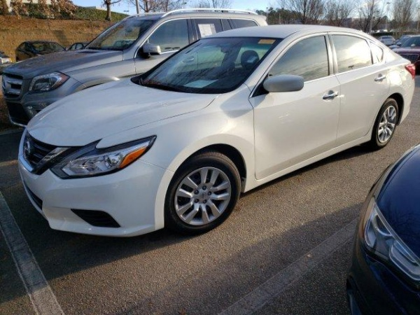 2016 Nissan Altima in Cary, NC