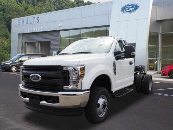 2019 Ford Super Duty F-350 Chassis Cab in Wexford, PA