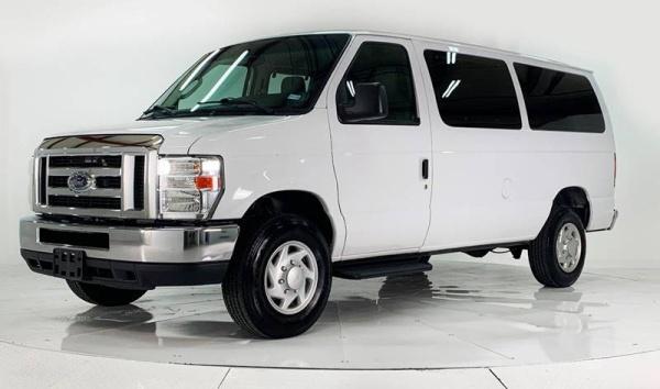 2014 Ford Econoline Wagon E-350 Super Duty XL