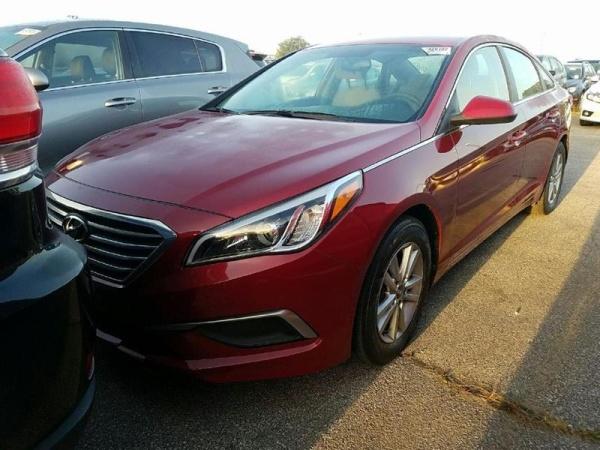 2016 Hyundai Sonata in Columbus, OH