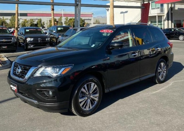 2019 Nissan Pathfinder in Las Vegas, NV