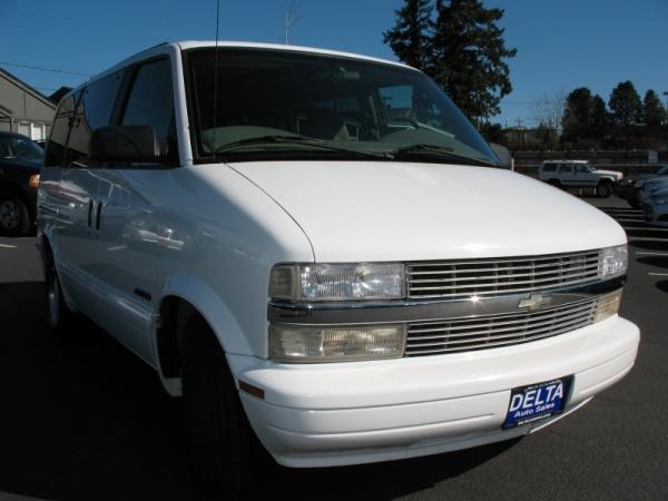2000 Chevrolet Astro Base