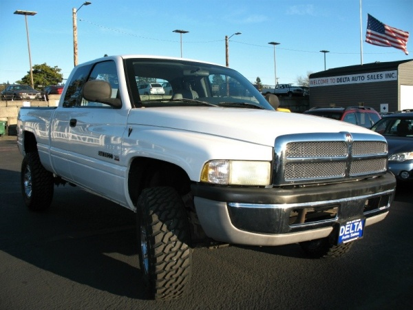 2002 Dodge Ram 2500 Base