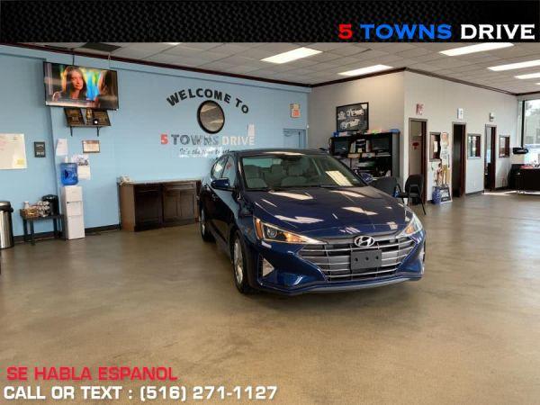 2020 Hyundai Elantra in Inwood, NY