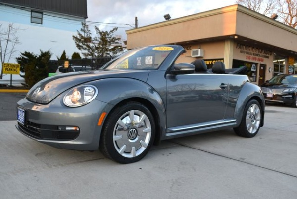 2015 Volkswagen Beetle in Lynbrook, NY