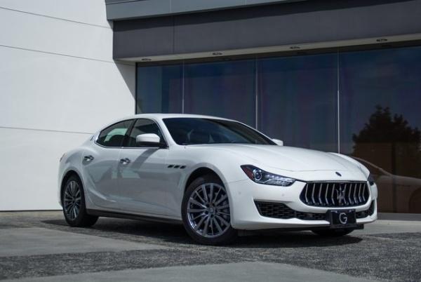 2018 Maserati Ghibli Sedan RWD