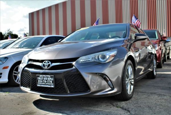 2016 Toyota Camry in North Hills, CA