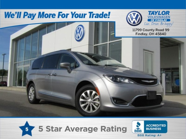 2018 Chrysler Pacifica in Findlay, OH