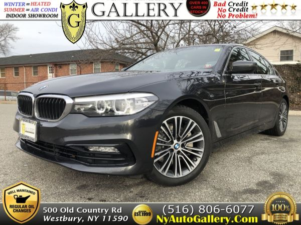 2018 BMW 5 Series in Westbury, NY