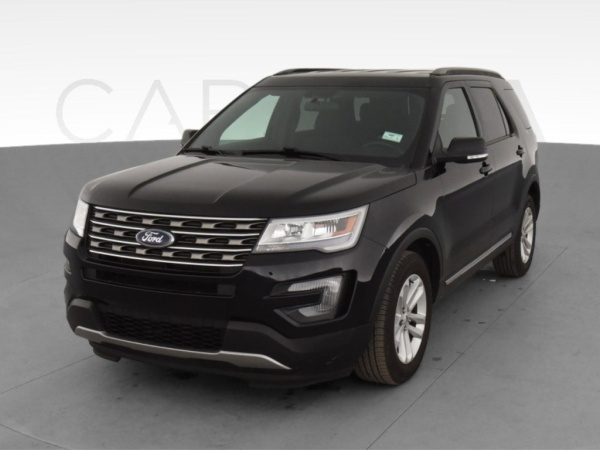 2017 Ford Explorer in Blue Mound, TX