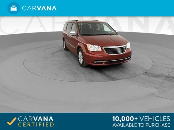2015 Chrysler Town & Country in Blue Mound, TX