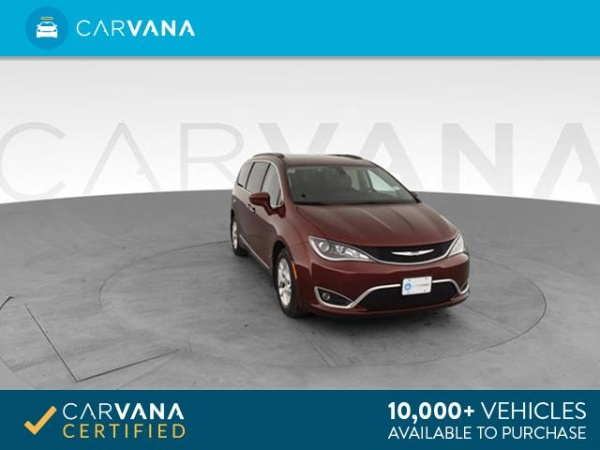 2017 Chrysler Pacifica in Blue Mound, TX