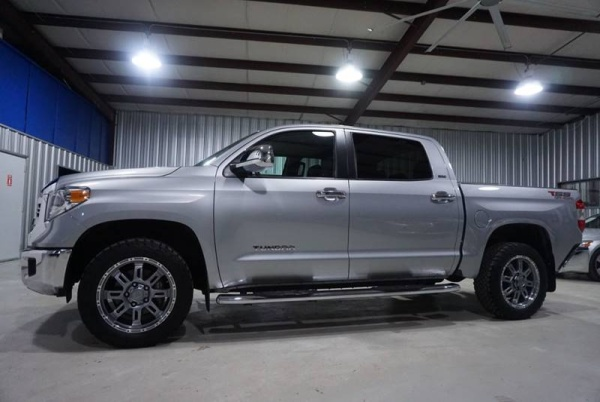 2016 Toyota Tundra in Houston, TX