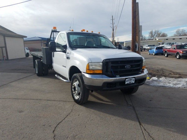 2000 Ford Super Duty F-450 Chassis Cab in Brighton, CO