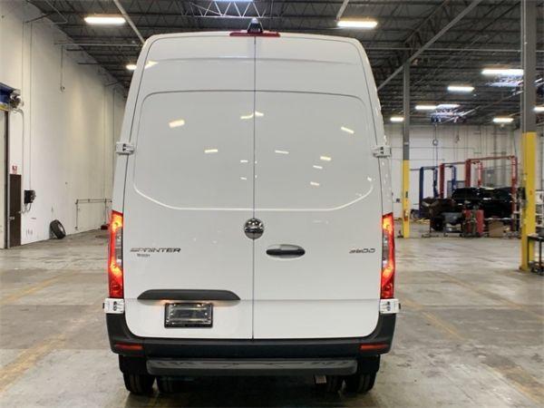 2019 Freightliner Sprinter Cargo Van in Morrow, GA