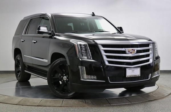 2016 Cadillac Escalade in Barrington, IL