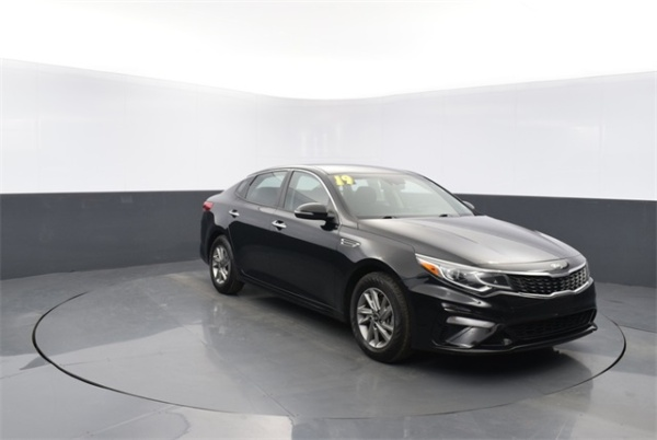 2019 Kia Optima in Corbin, KY
