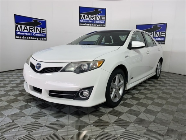 2014 Toyota Camry in Jacksonville, NC