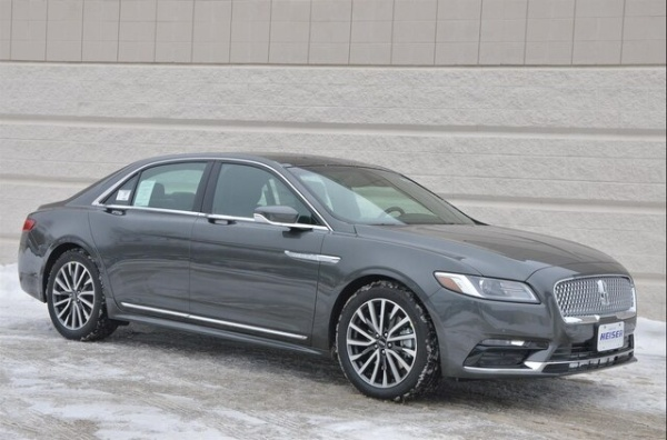 2019 Lincoln Continental in Glendale, WI