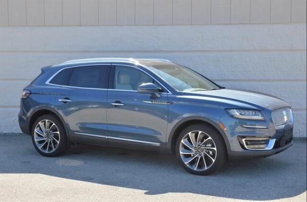 2019 Lincoln Nautilus in Glendale, WI
