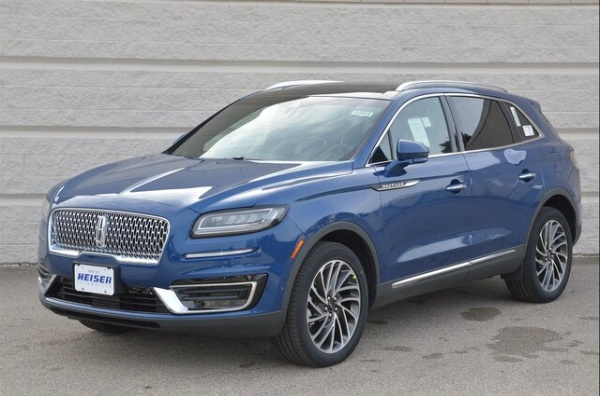 2020 Lincoln Nautilus in Glendale, WI